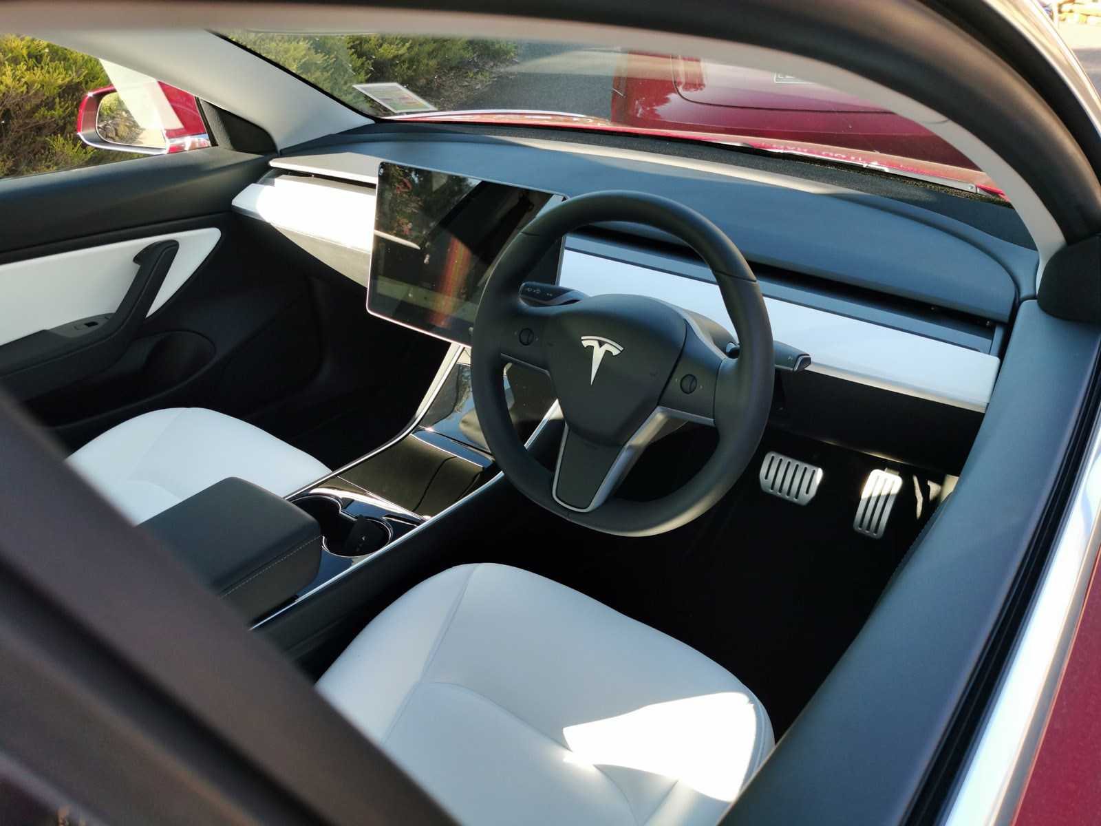 Tesla Model 3's Audio Weaver-powered sound system called ...